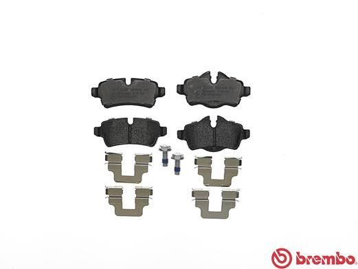 SET PLACUTE FRANA FRANA DISC BREMBO P 06 052